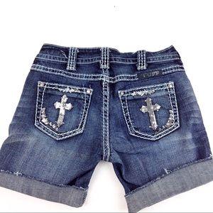 Cowgirl Tuff Sequin Cross Shorts 25 - N15